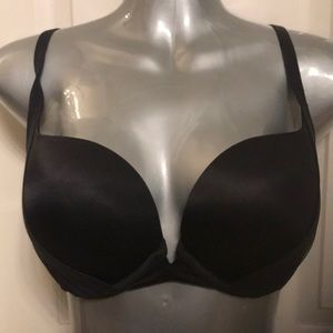 Victoria's Secret Bery sexy demi bra black 34dd